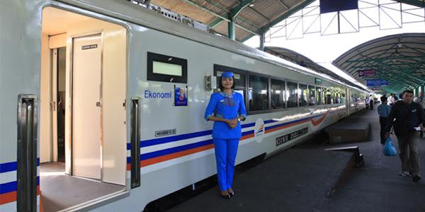 Nyaman berkereta dari Semarang ke Surabaya