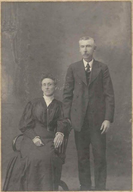 1906 Photograph of Edward Young & Wife Sarah Jane Young; possibly Edward F. Young & 2nd Wife Sarah Jane (Rice) Young of Lamoine, Maine