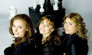 3 beradik perempuan genius permainan catur