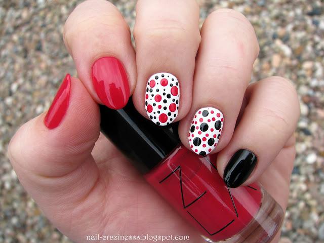 red nail polish, czerwony lakier do paznokci
