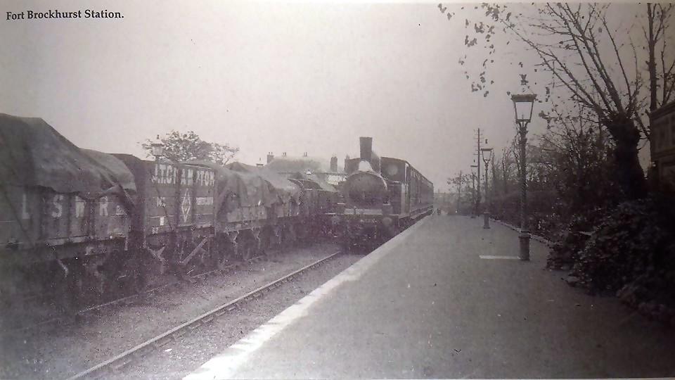 Fort Brockhurst Railway Station Photo 2 Fareham to Gosport and Lee-on-Solent.
