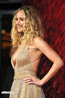 Jennifer Lawrence in a golde glittering gown at Red Sparrow Premiere in London ~  Exclusive Galleries 004.jpg