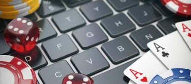 Daftar Kontak Customer Service Situs Agen Judi Poker Terpercaya Bajuelang.com