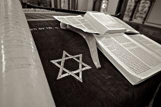 27 Ayat Al-Quran Tentang Orang Kafir