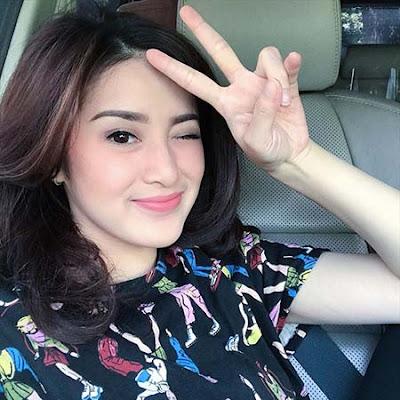 Rosiana Dewi pemeran Kejora di Belenggu Dua Hati