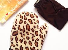 Glove your Body Tanning & Exfoliation Mitt