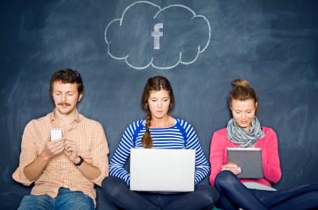 Facebook Desktop Vs Mobile