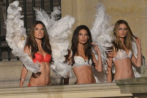 'Angels' Victoria's Secret on the set of the Christmas campaign