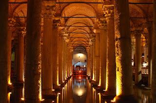 Uniknya Basilica Cistern di Istanbul Turki