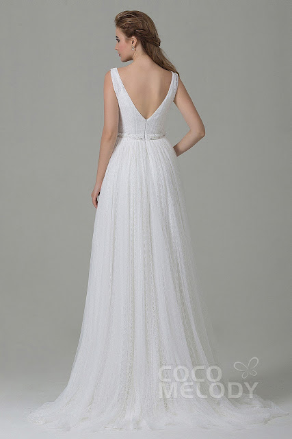 V-Neck Natural Train Tulle Ivory Sleeveless