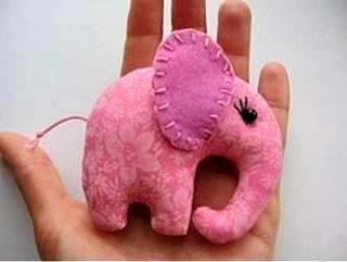 Kerajinan Tangan Dari Barang Bekas, Boneka Gajah Perca 9