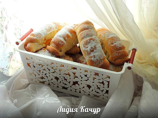 дрожжевые булочки с кремом
