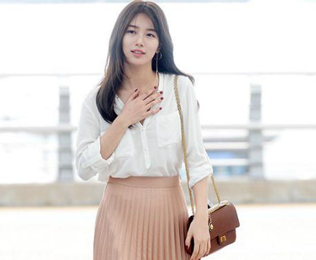 Phim Kpop style 12/9: Suzy, Jun Ji Hyun độ vẻ sang chảnh ở sân bay-W – Two Worlds