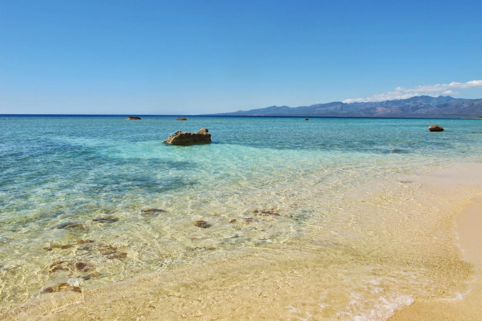 La Curva Desnuda, no Mar do Caribe de Cuba, na Península Áncon.