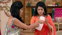 Jigyasa Singh from Thapki Pyaar Ki in Orange Transparent Saree (2).jpg