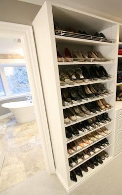 Toronto Shoe Dislay Closet