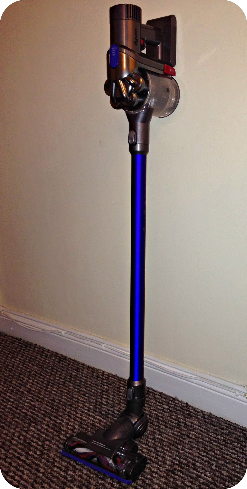 Life Unexpected The Dyson Digital Slim Cordless Vacuum Review