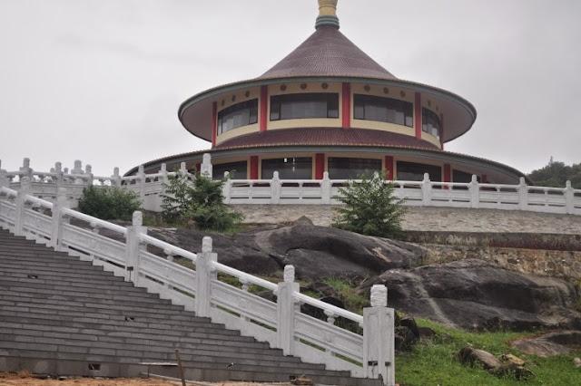 Vihara Pagoda Pantai Tikus