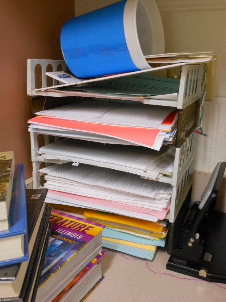 I hate these stackable trays. Click for a better, cleaner way to distribute paperwork.