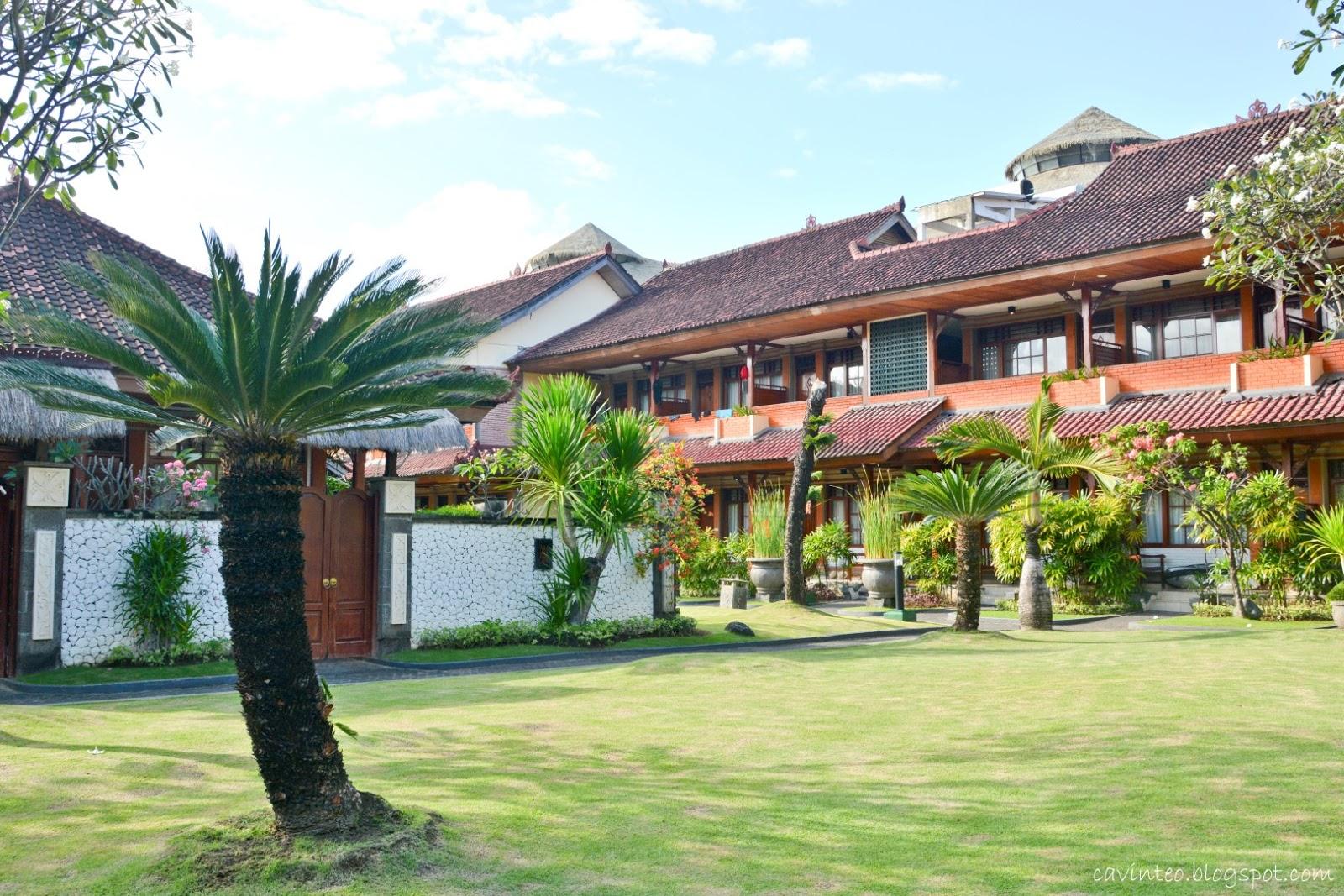 Entree Kibbles Grand Istana Rama Hotel Super Near To Kuta Beach