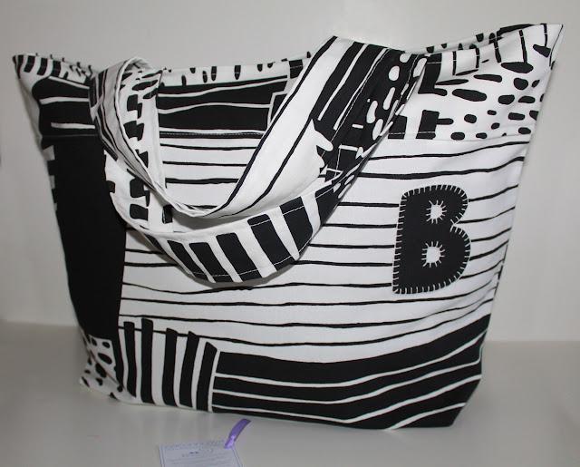 bolsa piscina blanco y negro