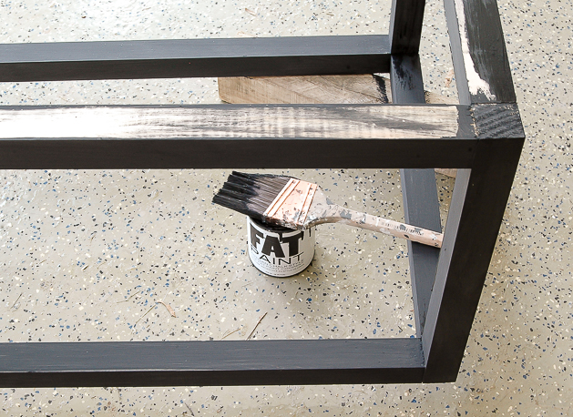 Painting industrial coffee table, kreg jig