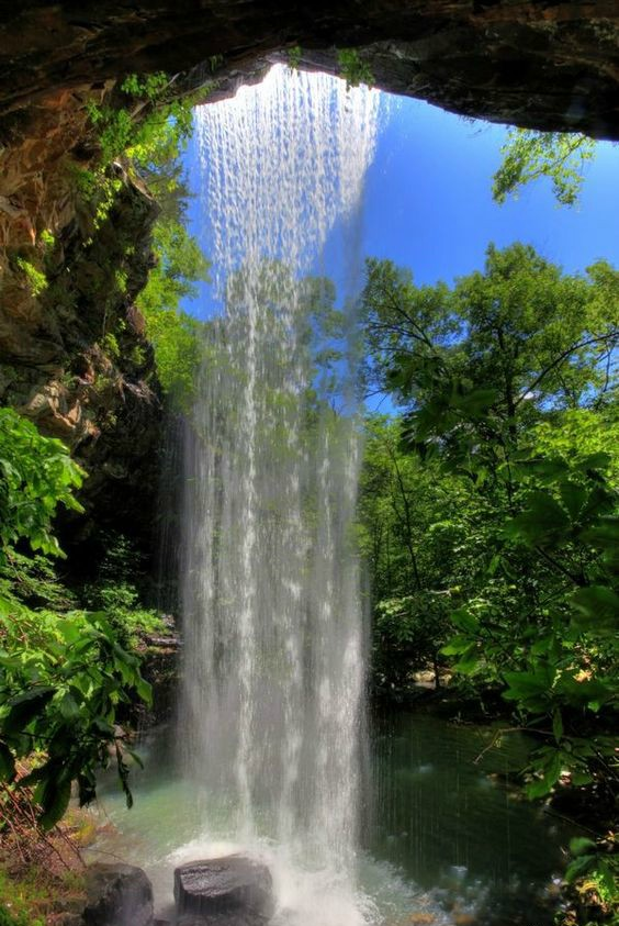 Bowers Hollow Falls, Arkansas, USA