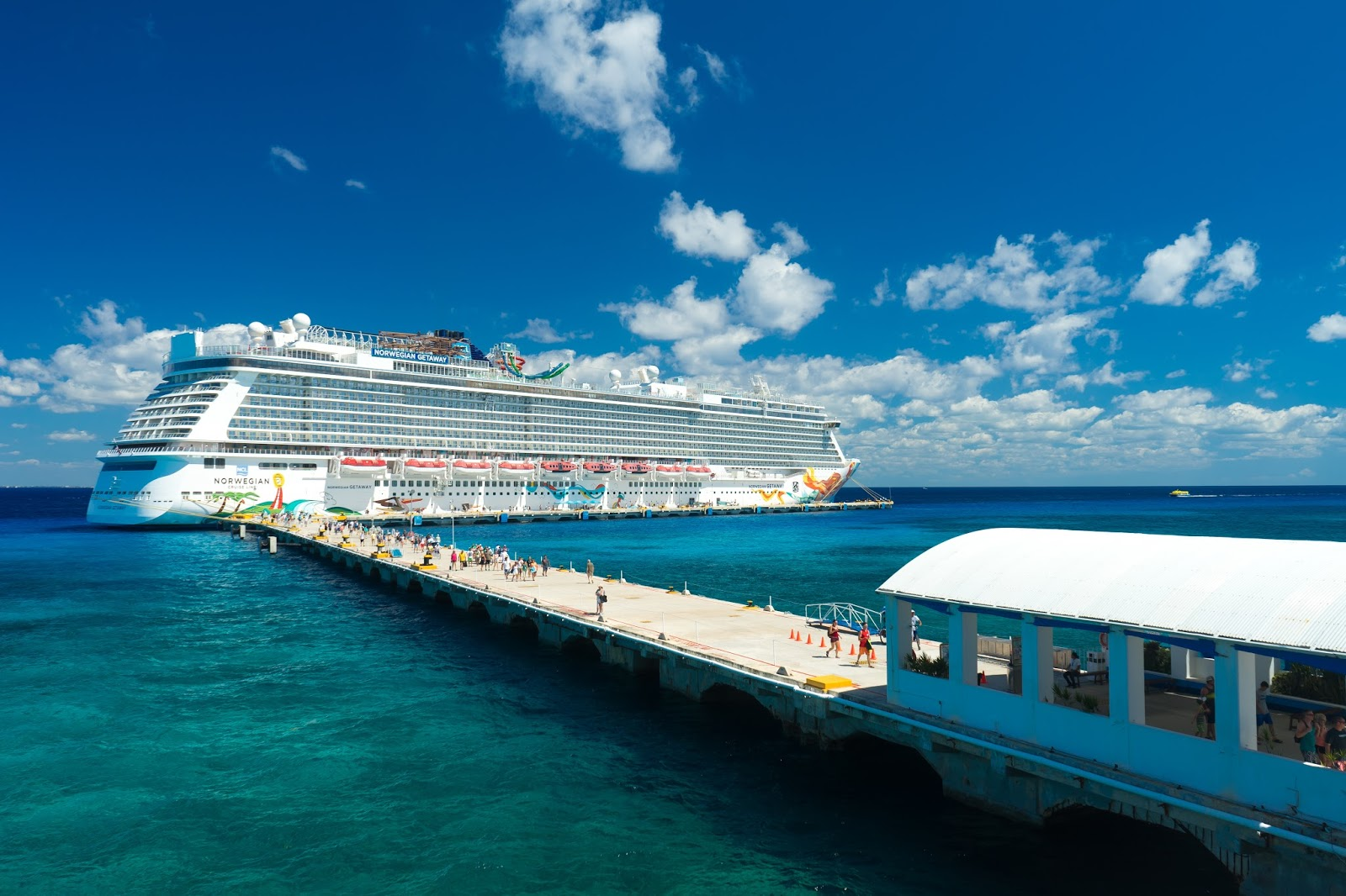 The cheerful cruiser the norwegian getaway cruise review for Ncl getaway