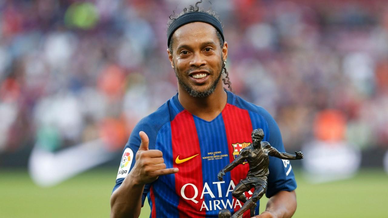 chinh-thuc-Ronaldinho-giai-nghe-o-tuoi-37