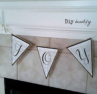 How to make a Burlap Banner www.diybeautify.com