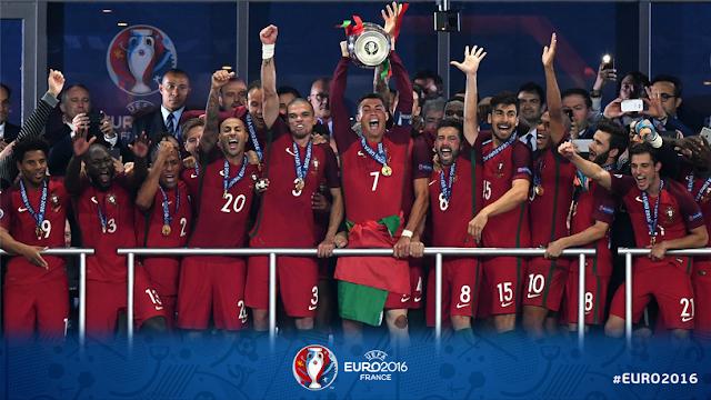 Portugalia cu trofeul Euro 2016