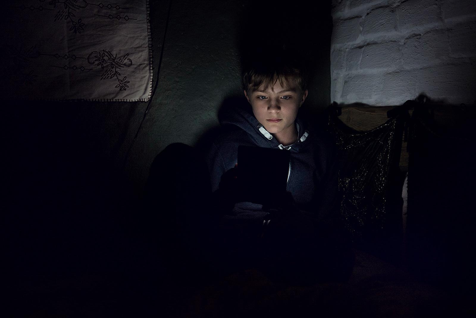 Portret czytającego chłopca