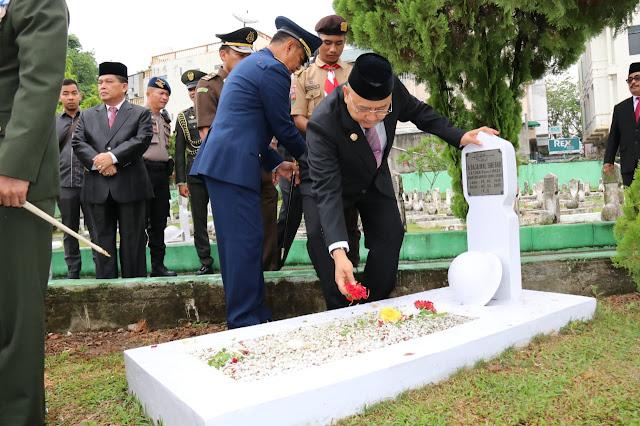 Wali Kota Hadiri Ziarah Peringatan HUT Provinsi Sumut ke-71