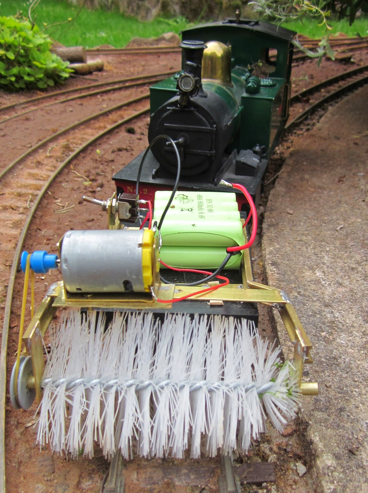 medium resolution of i ve found that the brush is a little too wide which means that on some stretches of track the pulley becomes entangled in the undergrowth
