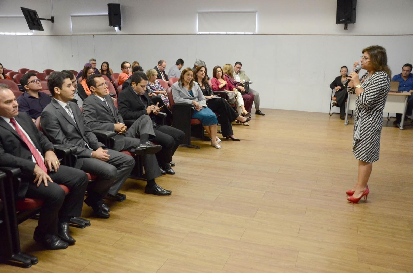 Brasil novo not cias seduc realizar concurso p blico for Concurso profesor