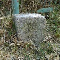 桜公園の陸軍用地標石