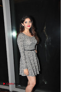 Actress Shurabhi Pictures in Short Dress at Vivo Global's V5 Smartphone Launch  0015