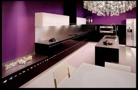 ruang dapur cantik warna ungu, hitam dan putih | info