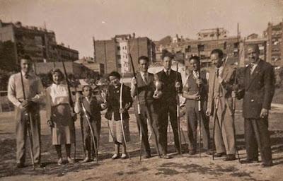 Manuel Tobella con sus compañeros del equipo de tiro con arco de la Diputación
