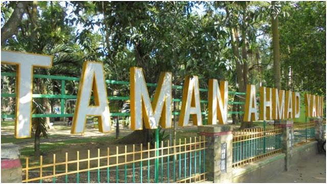Menuju pintu masuk Taman Ahmad Yani, Taman Digital Free Wifi Medan