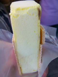 S$1 Durian Ice Cream Sandwich, Singapore