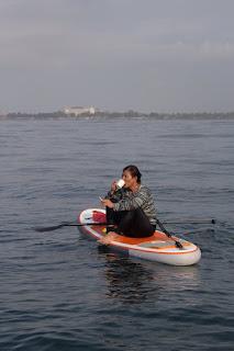Susi Pudjiastuti  di laut