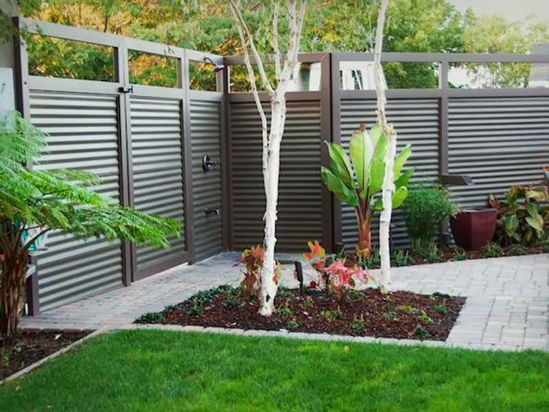 fence ideas  small yard ayanahouse