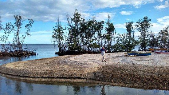 Pantai Pasir Panjang Sulawesi Utara