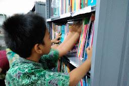 Alangkah Banyak Buku yang Belum Kubaca! [Refleksi Hari Buku Nasional 17 Mei]