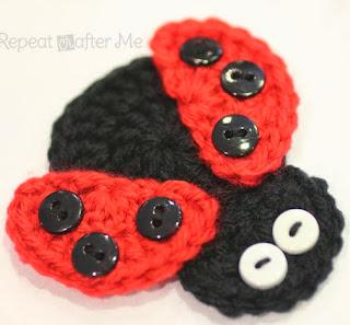 http://translate.googleusercontent.com/translate_c?depth=1&hl=es&rurl=translate.google.es&sl=en&tl=es&u=http://www.repeatcrafterme.com/2013/02/crochet-ladybug-applique.html&usg=ALkJrhjyAiKdOYzWp8HBimwlkR0OGhbkPQ