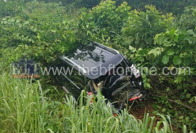 Okyenhene's convoy in car crash at Osino in Eastern Region