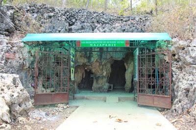 wisata goa gua putri ayu kencono kencana kabupaten wonogiri jawa tengah indonesia wisataarea.com