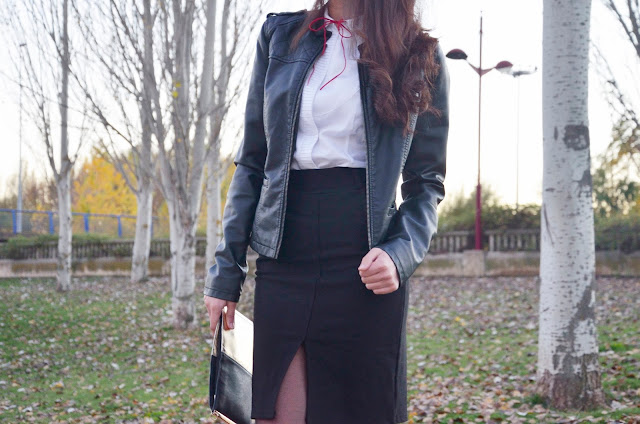 falda-lápiz-skirt-red-stilettos-blusa-lazo-blogger