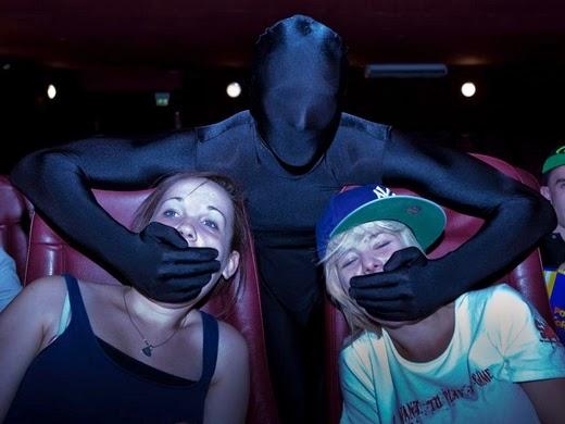 dilarang berbicara nyaring di bioskop